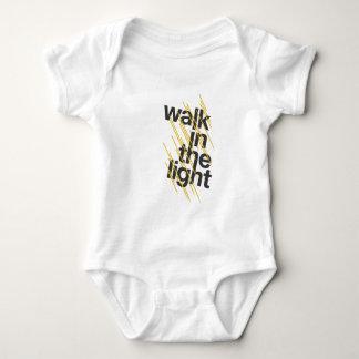 Weg im Licht Baby Strampler