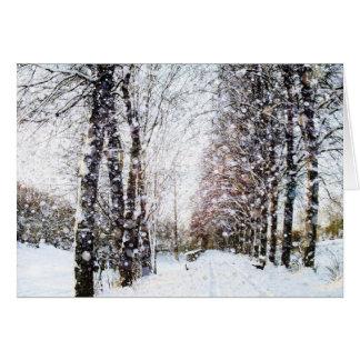 Weg und Bäume in der Schnee-Landschaftskarte Grußkarte