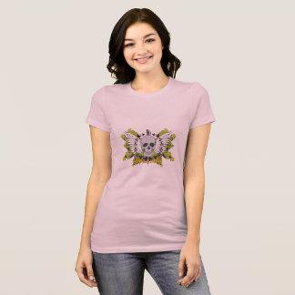 Weibliches Unterhemd mit Kunst eines Totenkopfs
