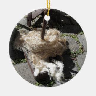 Weiche Rollen der Wollen nannten Umherziehen oder Rundes Keramik Ornament