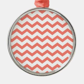weiche rosa Zickzack Streifen Rundes Silberfarbenes Ornament