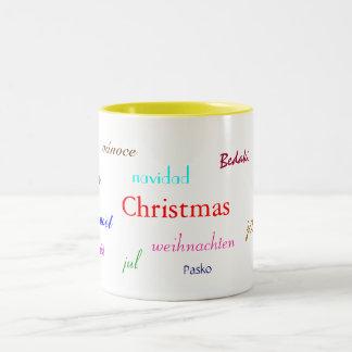 Weihnachten auf der ganzen Welt im Weiß und im Gel Zweifarbige Tasse