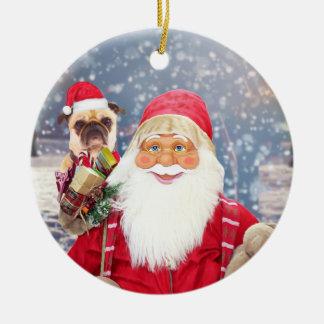 Weihnachtsgeschenk-Mops-Hund Weihnachtsmanns w Keramik Ornament