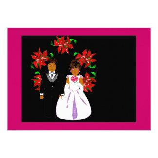 Weihnachtshochzeits-Paare mit Kranz