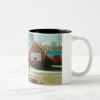 Weihnachtsknorrige Post Zweifarbige Tasse