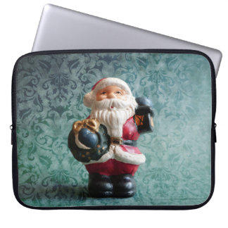 Weihnachtsmannfigur, Small Santa Claus figure Laptopschutzhülle