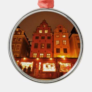 Weihnachtsmarkt in Stockholm, Schweden Rundes Silberfarbenes Ornament