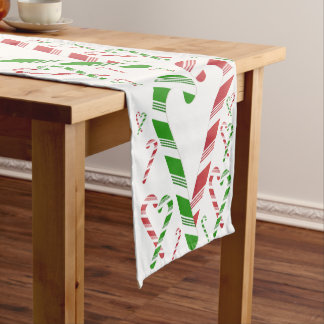 Weihnachtsroter u. grüner kurzer tischläufer