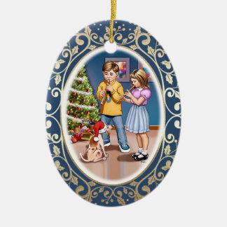 Weihnachtsszene mit Kindern u. Ovales Keramik Ornament
