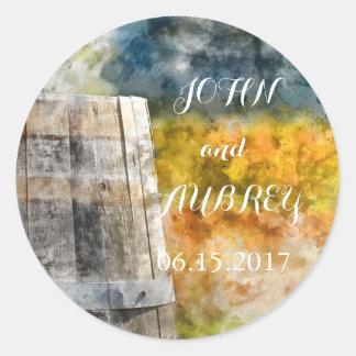 Wein-Fass-Hochzeit in Urlaubsort Save the Date Runder Aufkleber