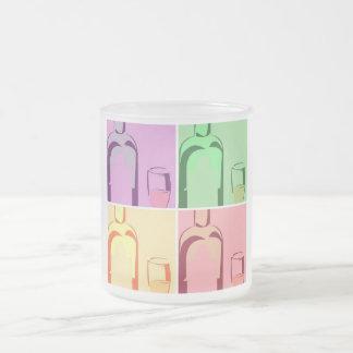 Wein-Flaschen-und Glas-Pop-Kunst Matte Glastasse