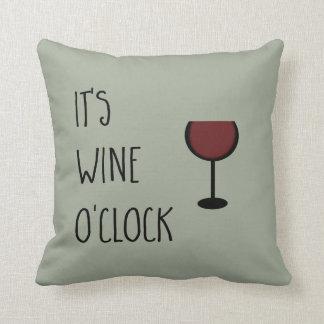 Wein-Uhr Kissen