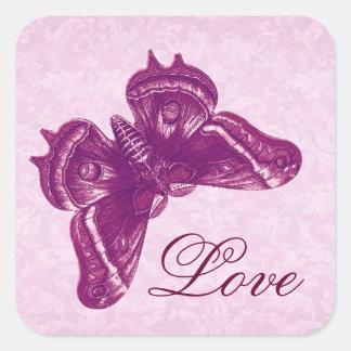 Wein und rosa Schmetterlings-Damast-Hochzeit Quadratischer Aufkleber