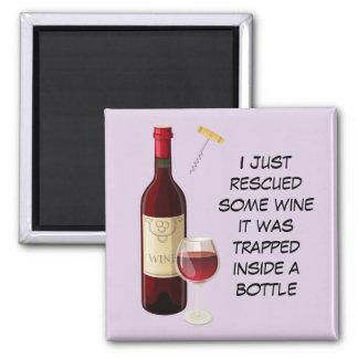 Weinflaschen- und -glasillustration quadratischer magnet