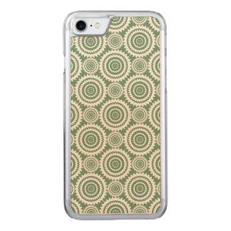 Weises Grün-und weißesgeometrisches Kreis-Muster Carved iPhone 8/7 Hülle