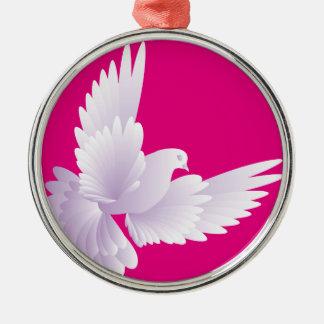 Weiß tauchte in blauem Himmel 3 Rundes Silberfarbenes Ornament