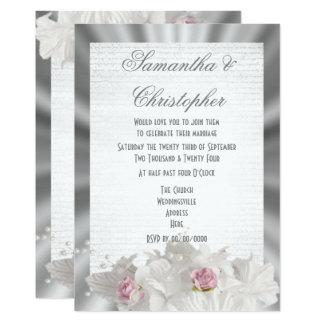 Weiße Blumen zacken Rose auf Hochzeit des Karte