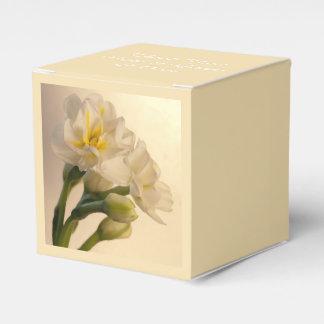 Weiße doppelte Narzissen-Frühlings-Hochzeit Geschenkschachteln