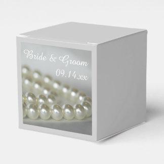 Weiße Hochzeits-Perlen Geschenkkarton