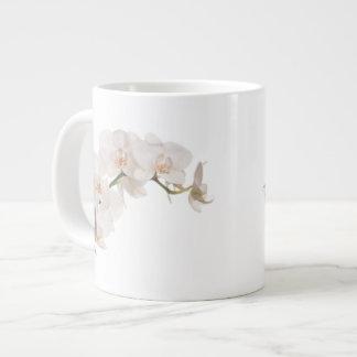Weiße Motten-Orchidee Jumbo-Tasse