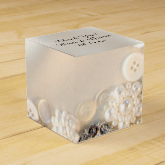 Weiße Perlen und Wedding Diamant-Knöpfe Geschenkschachtel