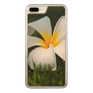 Weiße Plumeriafrangipani-Hawaii-Blume Carved iPhone 8 Plus/7 Plus Hülle