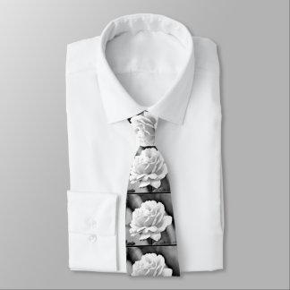 Weiße Rose auf schwarzer Hals-Krawatte Krawatte