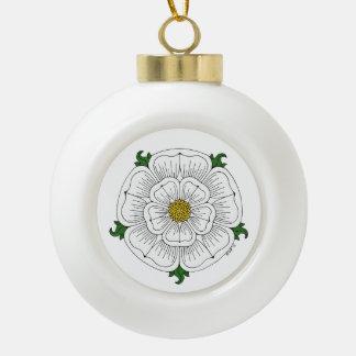 Weiße Rose von York Keramik Kugel-Ornament