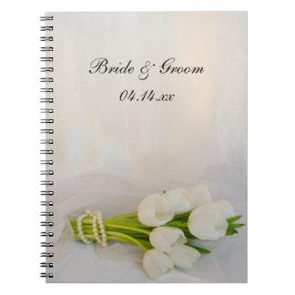 Weiße Tulpe-Blumenstrauß-Frühlings-Hochzeit Spiral Notizblock