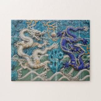 Weiße und blaue asiatische Art-Drachen
