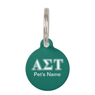 Weiße und grüne Buchstaben AlphasigmaTau Tiermarke