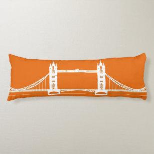 Weiße und orange London-Brücken-Silhouette Seitenschläferkissen