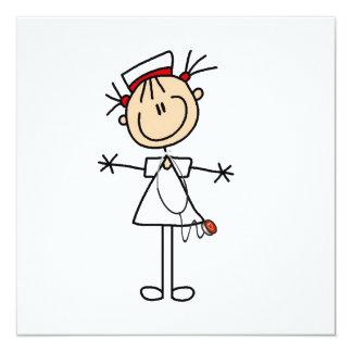 Weiße weibliche Strichmännchen-Krankenschwester 2 Quadratische 13,3 Cm Einladungskarte