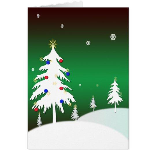 Weiße Weihnachtsbäume mit grünem Hintergrund Karte
