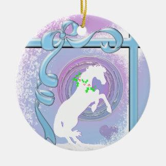 Weißer Feiertag der Herz-Pferdv (Strudel/Wind des Keramik Ornament