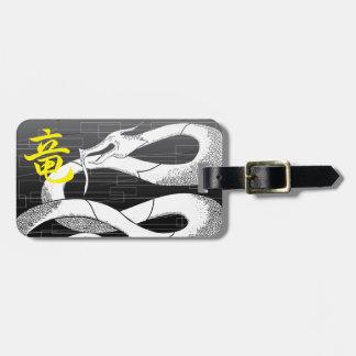 Weißer japanischer Drache-Schwarz-Hintergrund Gepäckanhänger