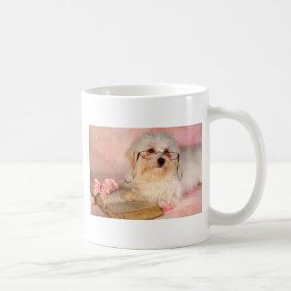 Weißer maltesischer Hund Kaffeetasse