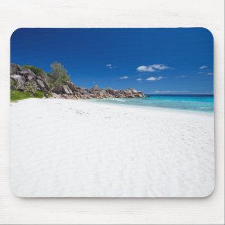 Weißer Sandstrand Mauspad