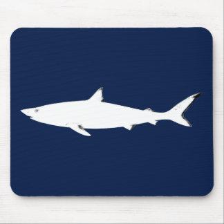 weißer wilder Haifisch Mauspads