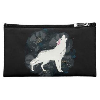 Weißer Wolf auf Kreis der schwarzen Rosen-Tasche Cosmetic Bag