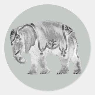 Weißer Zirkus-Elefant auf Mercury-Grau Runder Aufkleber