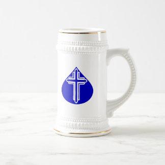 Weißes Kreuz im blauen Teardrop Bierkrug