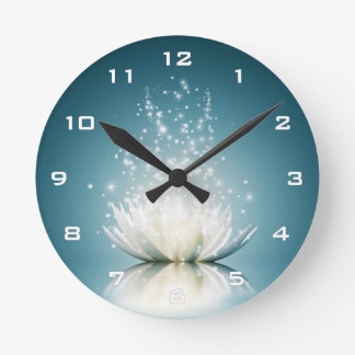 Weißes Lotus-Magie-Wanduhr Runde Wanduhr
