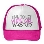 Weißes Mädchen vergeudete Hüte Kult Mützen