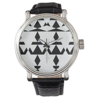 Weißes minimales Stammes- Armbanduhr