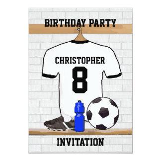 Weißes schwarzes Fußball-Fußball-Jersey-Geburtstag Personalisierte Einladungskarte