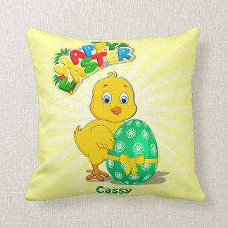 Wenig Ostern-Huhn-Cartoon Kissen