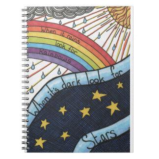 Wenn es regnet, suchen Sie nach Regenbogen Notizblock