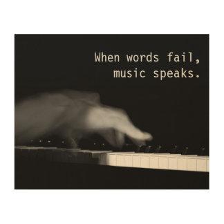 Wenn Wörter versagen, spricht Musik. Holzleinwände