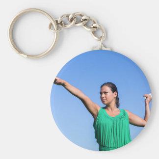 Werfender Bumerang der niederländischen Frau im Schlüsselanhänger